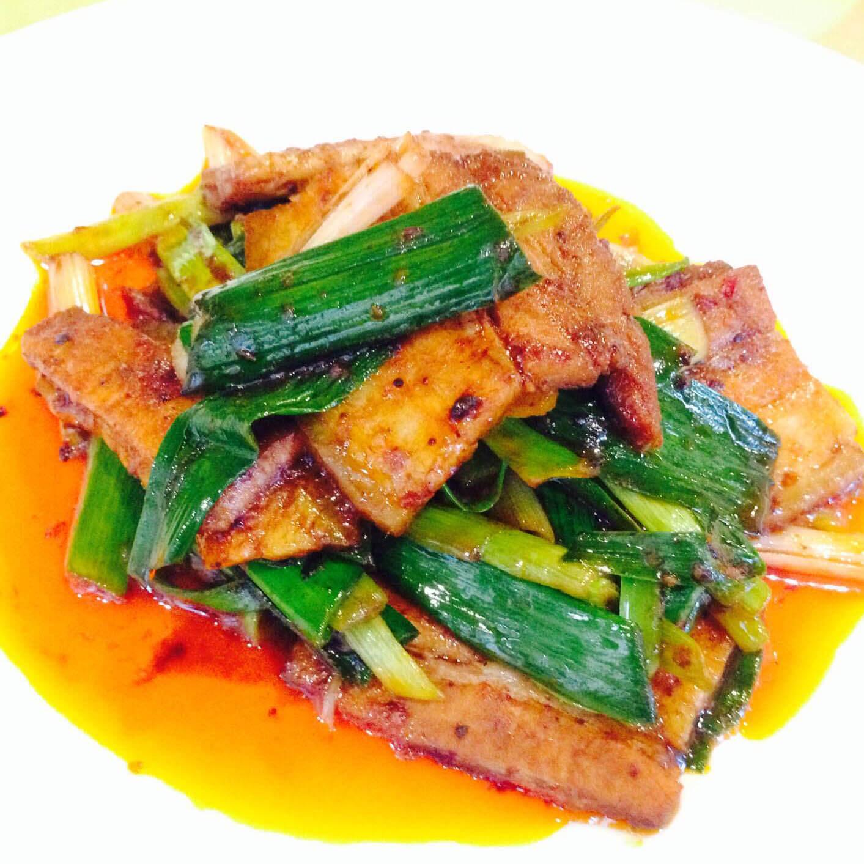 四川飯店回鍋肉(弊社葉ニンニク)